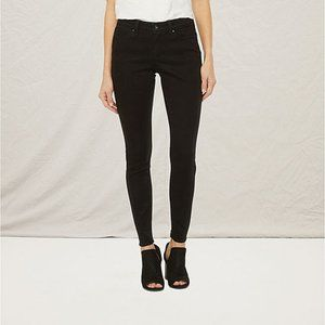 🍄 3 for $25 Ana Black Jeans Modern Fit